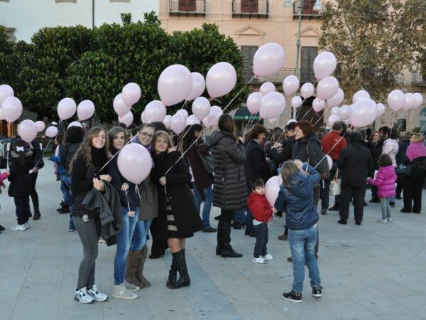 NOVEMBRE 2013 GIORNATA CONTRO LA VIOLENZA DELLE DONNE
